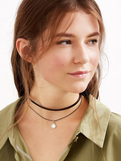 Faux Leather Gold Metal Pendant Choker Necklace