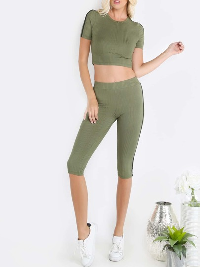 Army Green Short Sleeve Crop T-shirt With Capri Pants