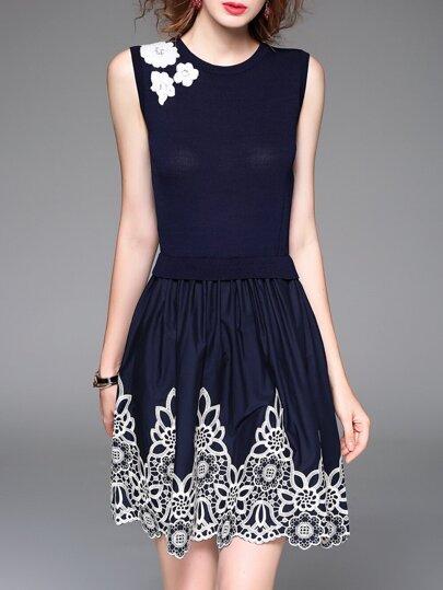Vestido sin mangas con bordado - azul marino