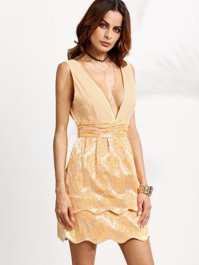 Kleid Doppel V-Ausschnitt Muschel Saum - gold