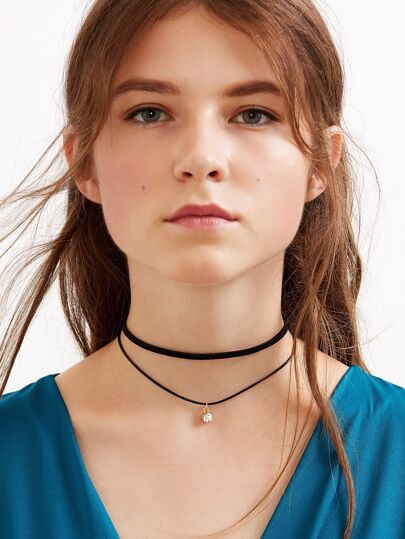Collier ras de cou en similicuir double rang - noir