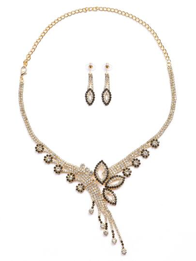 Rhinestone Encrusted Flower Shaped Necklace Earrings Set