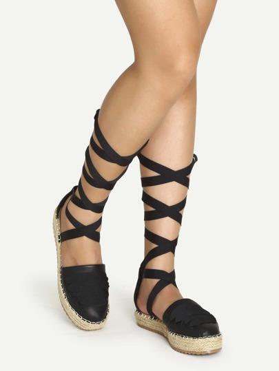 Sandales en similicuir avec lacet - noir