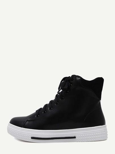 Sneakers en similicuir avec lacet - noir