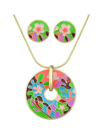 Green Enamel Flower Pattern Necklace Earrings Set