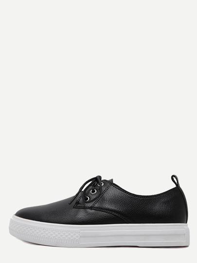 Sneakers en semelle plate bout rond avec lacet - noir