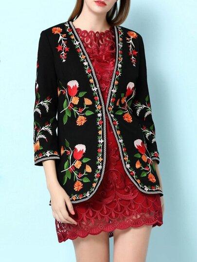 Abrigo con bordado floral - negro