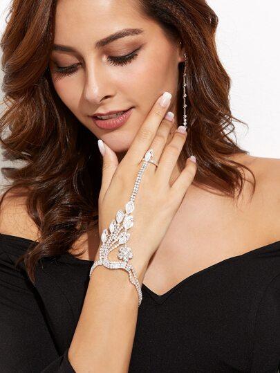 Элегантный браслет с кольцом