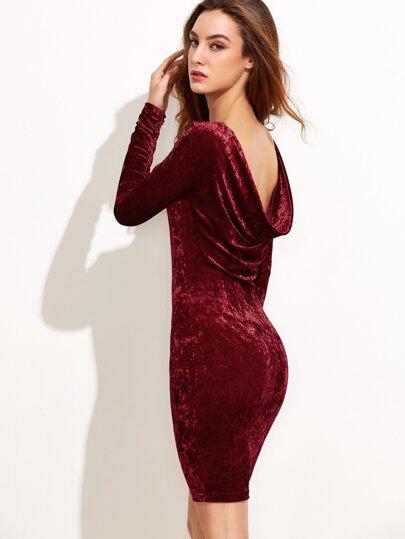 Vestido ajustado de terciopelo con espalda drapeado - borgoña