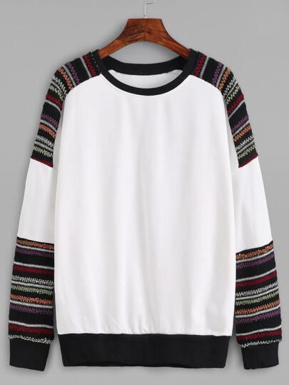 Contrast Raglan Sleeve Sweatshirt