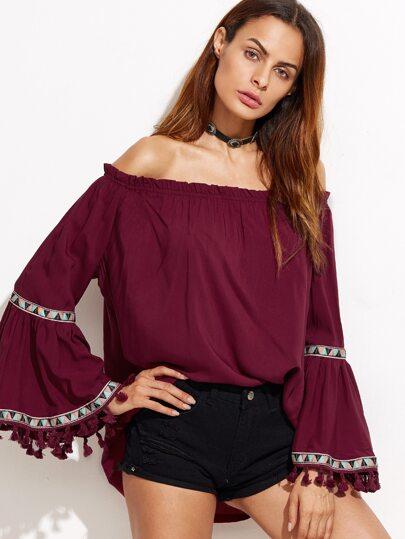 Blusa con hombros al aire y bordado flecos - borgoña