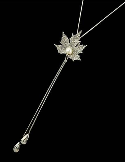 Silver Rhinestone Leaf Shape Necklace