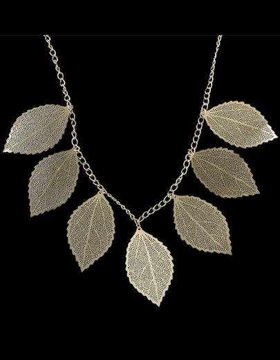 Multilayers Leaf Shape Pearl Necklace