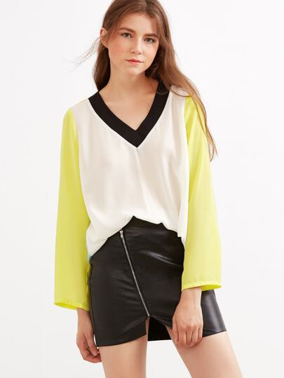 Color Block V Neck Boxy Top