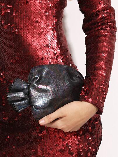 حقيبة سوداء بشكل حلوى