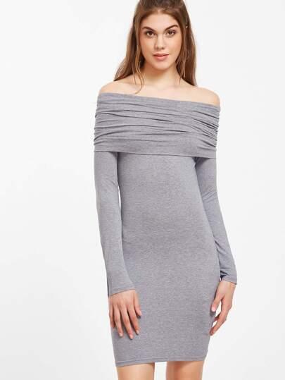 Vestido ajustado con hombros al aire fruncido - gris