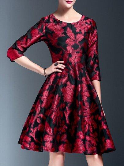 Vestido línea A con estampado floral - rojo