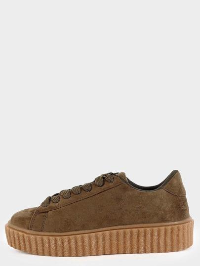 Sneakers en suédine avec lacet - olive