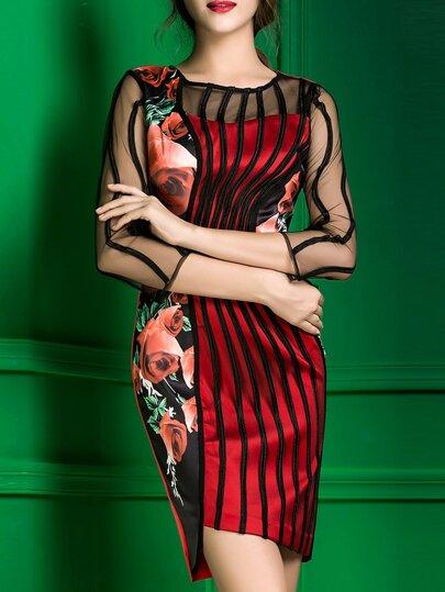 Vestido asimétrico con malla y estampado floral - rojo