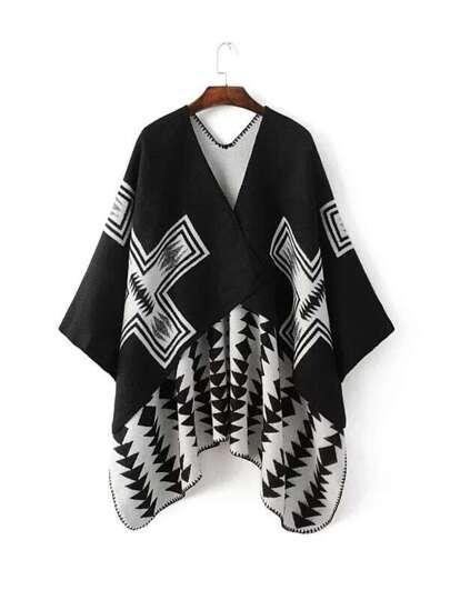 Чёрно-белый модный шарф-накидка с геометричным принтом