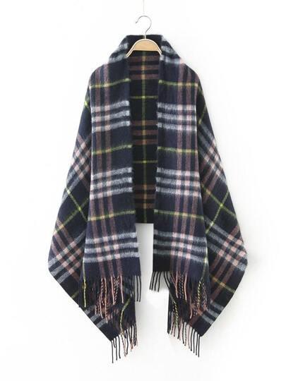 Модный клетчатый шарф с бахромой