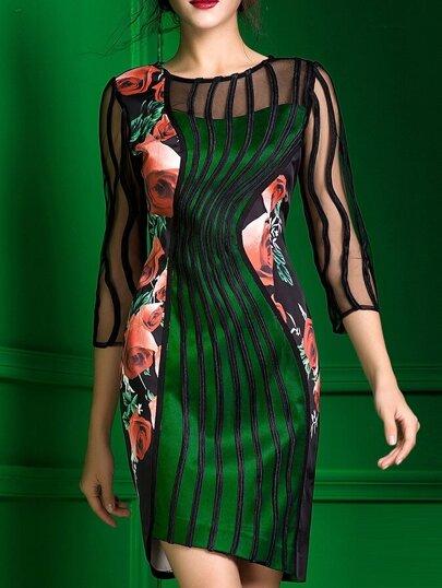 Vestido asimétrico con malla y estampado floral - verde