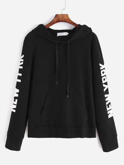 Sudadera con estampado de letra y capucha - negro