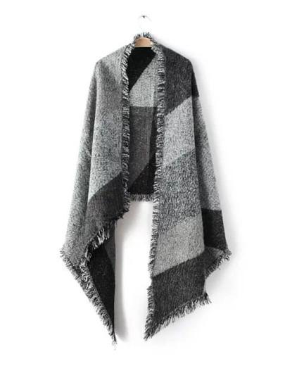 Серый модный шарф-накидка