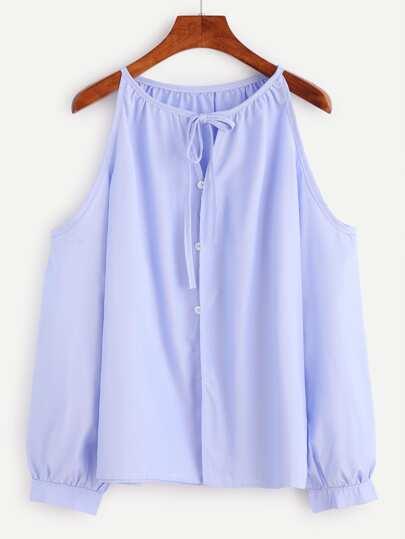 Top con hombros descubiertos con botón - azul