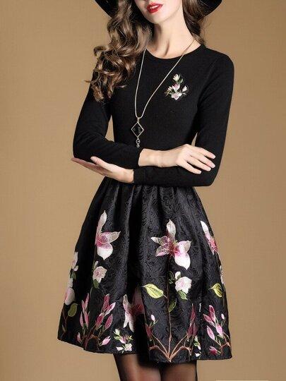 Vestido de punto con bordado floral - negro