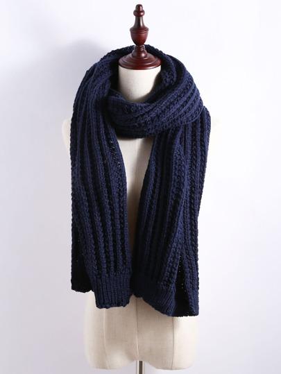 тёмно-синий ребристый толстый вязаный шарф