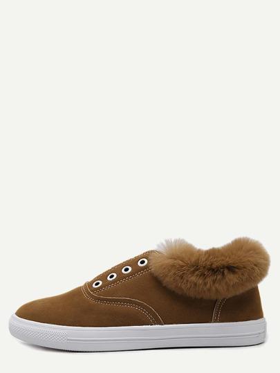 Chaussures à semelle caoutchouc en suédine et fourrure - brun