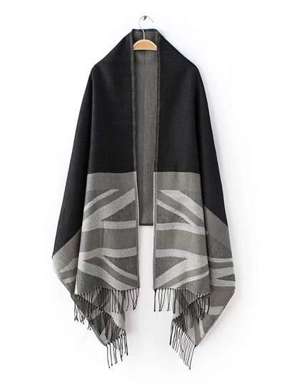 Чёрно-серый шарф шалью