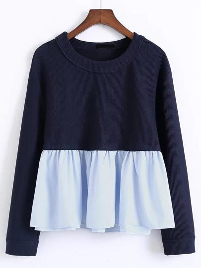 Blusa con volantes en contraste - azul marino