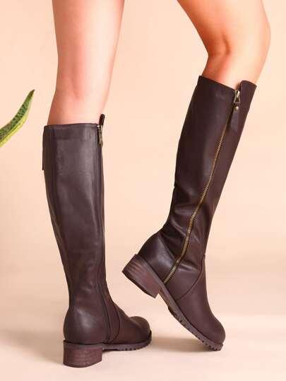 Коричневые кожаные сапоги на пробковых каблуках