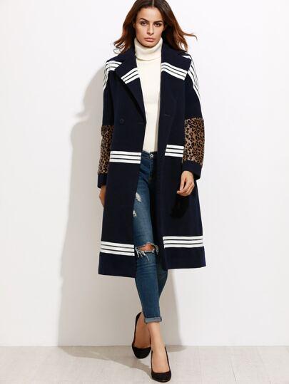 Модное пальто с леопардовым рукавом