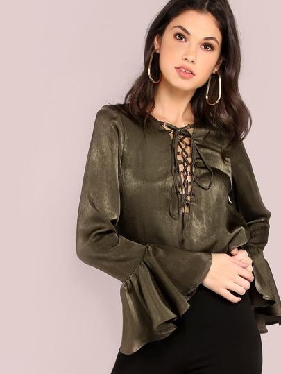 оливковая блуза со шнуровкой