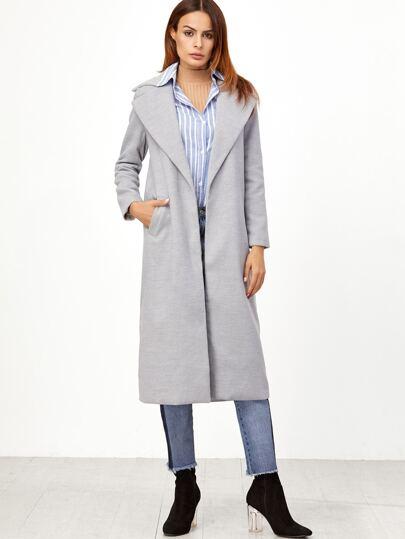 Серое длинное пальто с отворотом