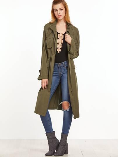 оливково-зелёное пальто с карманами на кулиске