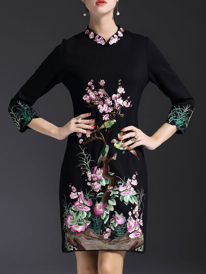 Black Collar Flowers Embroidered Shift Dress
