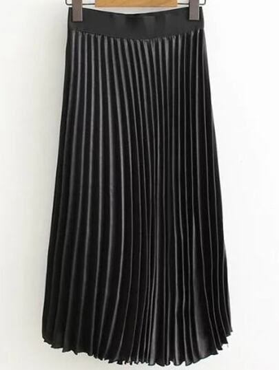 Black Elastic Waist Pleated Skirt