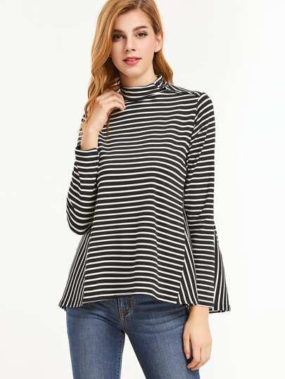 T-shirt mit Hohem Kragen Knopf Kontrast Streifen