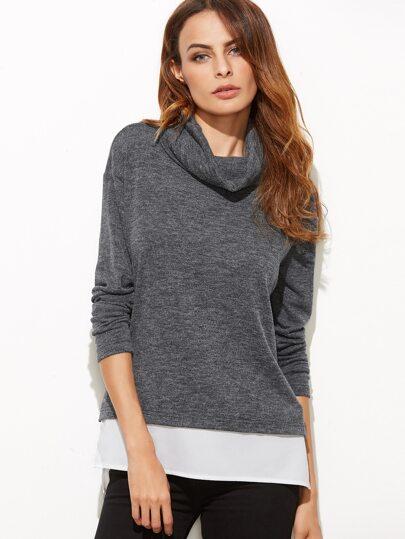Camiseta con cuello holgado - gris