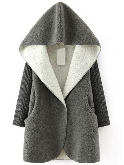 Abrigo con capucha de borreguito sintético - gris