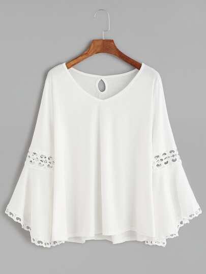 T-Shirt Scollo V Contrasto Uncinetto Perforato Indietro - Bianco