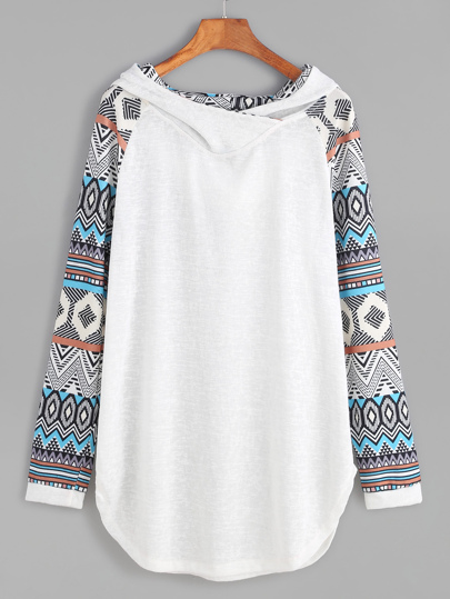 Sweat-shirt contrasté manche raglan avec capuche