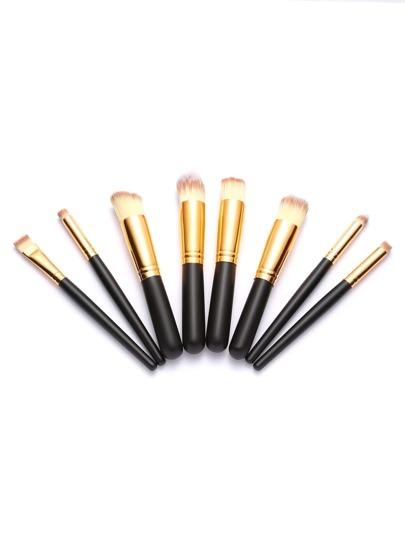Набор чёрных косметических кистей для макияжа