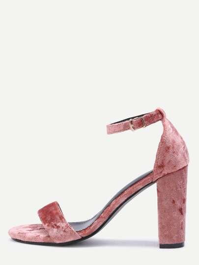 Zapatos de terciopelo con tira en tobillo