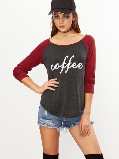 Camiseta con manga raglán y estampado de letras - gris