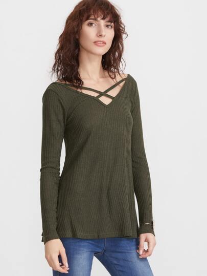Camiseta con escote V - verde militar